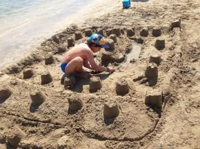Quanto lavoro per tutti questi castelli di sabbia!