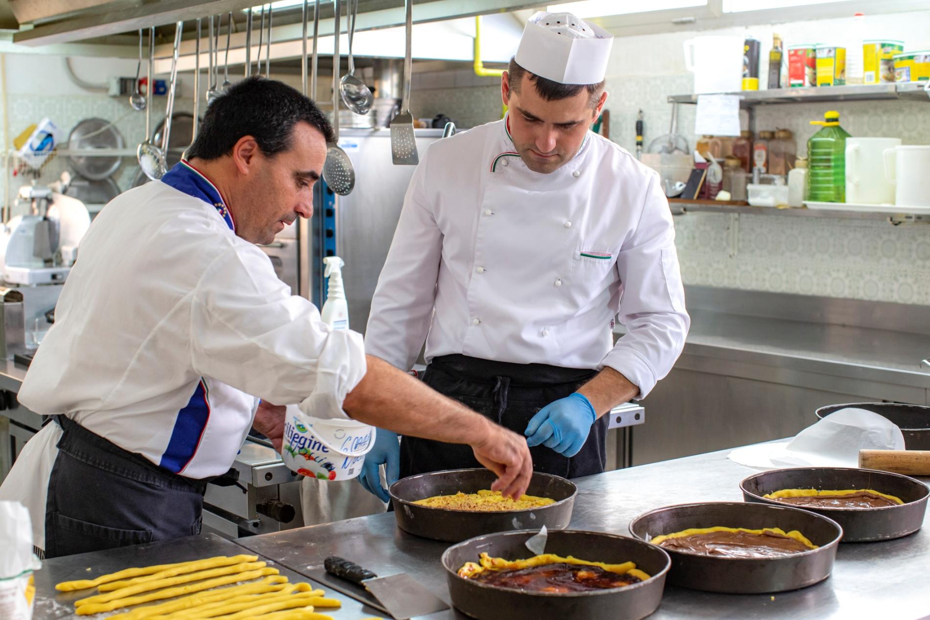 L'unico Hotel di Marebello </br>che ti prepara tutti i giorni </br>la pasta fresca fatta in casa....</br> perché il corpo non deve </br>risentirne…MAI!